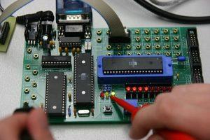 Електромеханік з ремонту та обслуговування лічильно-обчислювальних машин